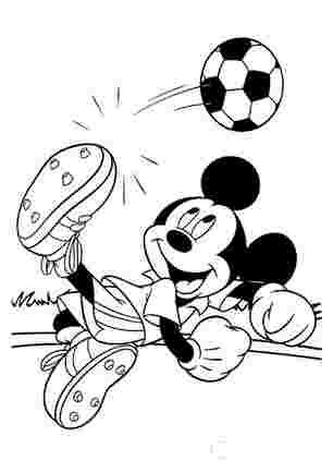 Мікі Маус грає у футбол