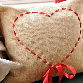 Подушка до дня Валентина